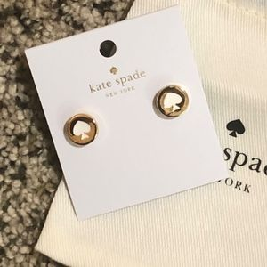 NWT~KATE SPADE~Spot the Spade *Gold/White* Studs